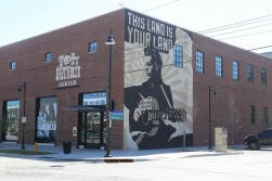 Woody Center