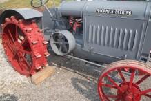 antique-tractors-18