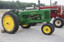 antique-tractors-3