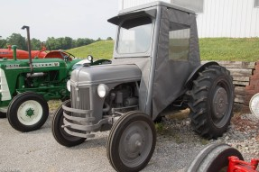 antique-tractors-9