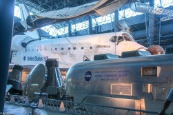 Space Shuttle Discovery-11